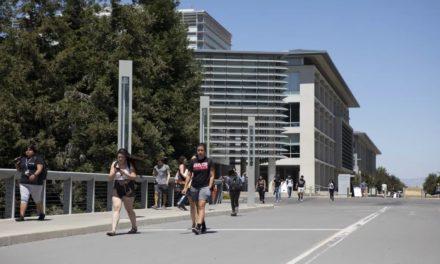 Nuevos datos arrojan luz sobre la carga de la deuda de los padres para los estudiantes universitarios