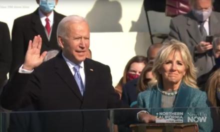 El presidente Biden firmó órdenes ejecutivas. Se está moviendo más rápido para desmantelar el legado de su predecesor.